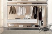 attrezzatura interna per cabina armadio