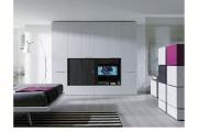 armadio con vano TV scorrevole
