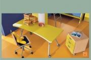 scrivania su ruote