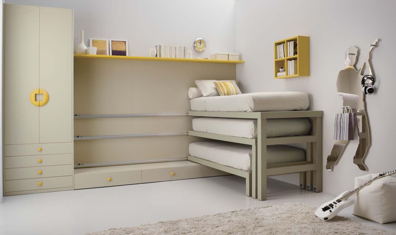 boiserie tre letti in una cameretta. Black Bedroom Furniture Sets. Home Design Ideas