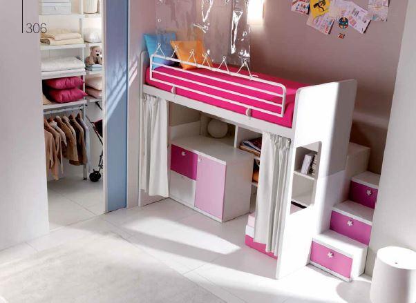 Letto a castello da bambina con spazio gioco