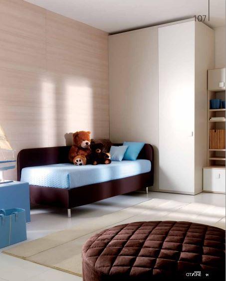 Cameretta con divano letto tessile - Divano letto studio ...
