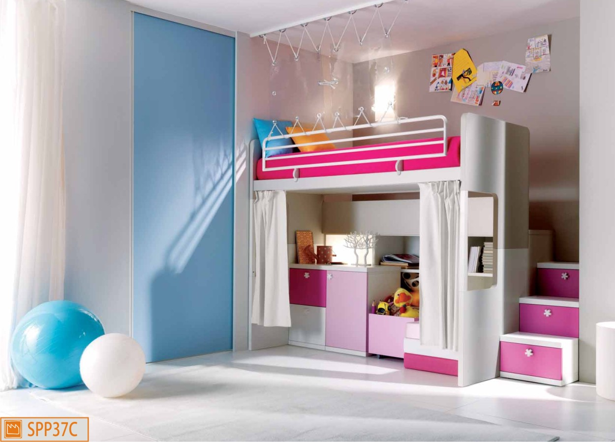 letto a castello da bambina con spazio gioco. Black Bedroom Furniture Sets. Home Design Ideas