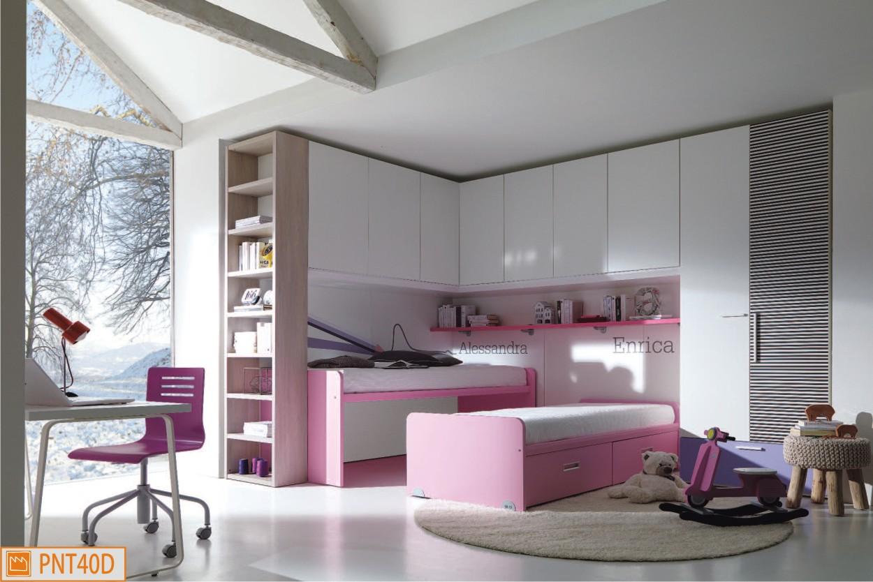 Ponte ad angolo con letti duetto rosa for Cameretta per due