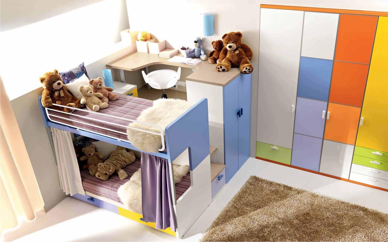 Letti A Castello Per 3 Bambini.Camerette Dalla Fabbrica Camere Per Ragazzi E Per Bambini